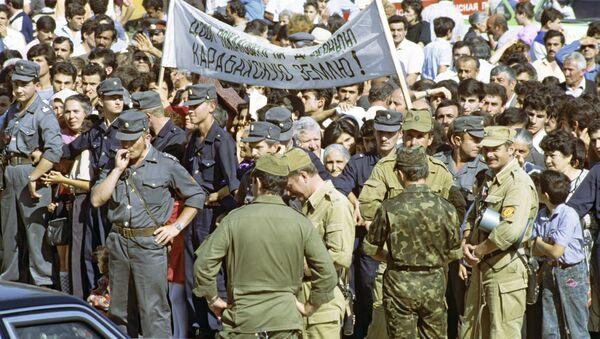 Митинг в Ханкенди, 21 сентября 1991 года, фото из архива - Sputnik Азербайджан