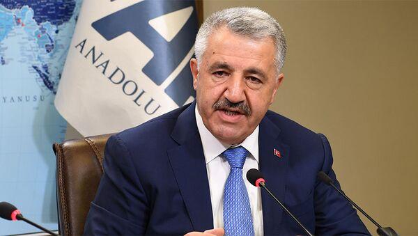 Министр транспорта, мореходства, коммуникаций Турции Ахмед Арслан, фото из архива - Sputnik Азербайджан