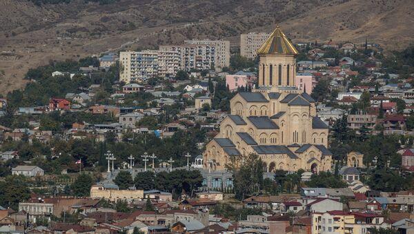 Собор Святой Троицы в Тбилиси - Sputnik Азербайджан