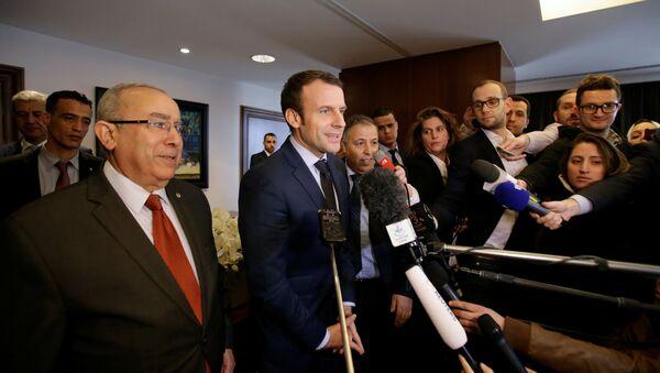 Бывший министр экономики Франции Эмманюэль Макрон - Sputnik Азербайджан