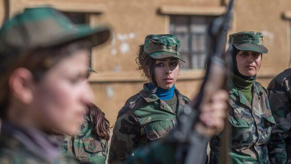 Женщины в армии, фото из архива - Sputnik Азербайджан