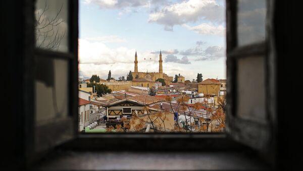 Вид на мечеть Селимийе в северной части города Никосия, фото из архива - Sputnik Азербайджан