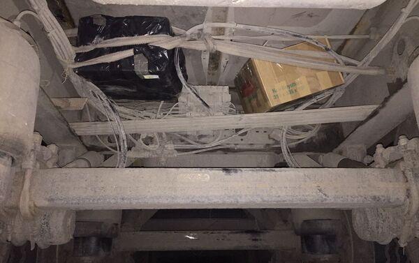 Mazımçay gömrük postunda qanunsuz dərman preparatları aşkar edilərək götürülüb - Sputnik Azərbaycan