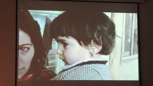 Был представлен документальный фильм Они никогда не вырастут, посвященный 25-летюю Ходжалинской трагедии - Sputnik Азербайджан