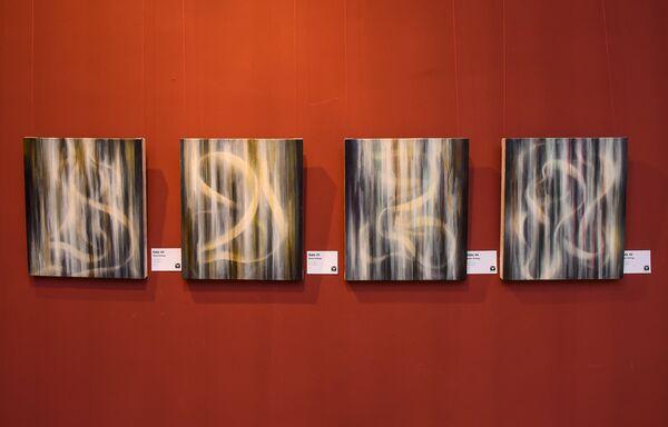Открытие выставки американского художника Шейна Гуффогга в выставочном центре Музейного центра в Баку - Sputnik Азербайджан