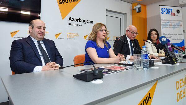 Пресс-конференция на тему Перспективы развития азербайджанского спорта в свете Исламиады - Sputnik Азербайджан