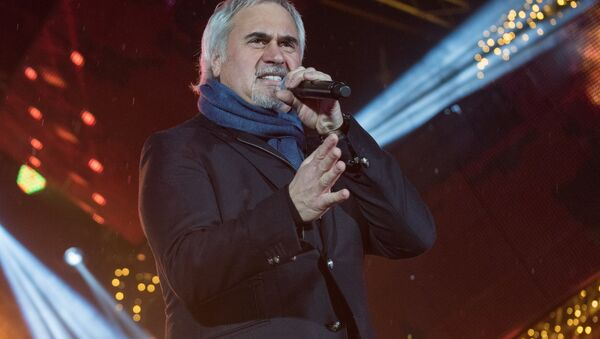 Певец Валерий Меладзе на концерте, архивное фото - Sputnik Азербайджан