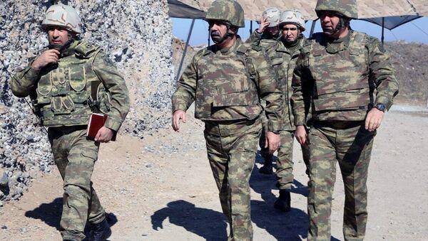 Руководство Министерства обороны прибыло в прифронтовую зону - Sputnik Азербайджан