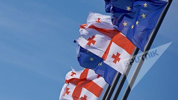 Флаги Грузии и Евросоюза - Sputnik Azərbaycan