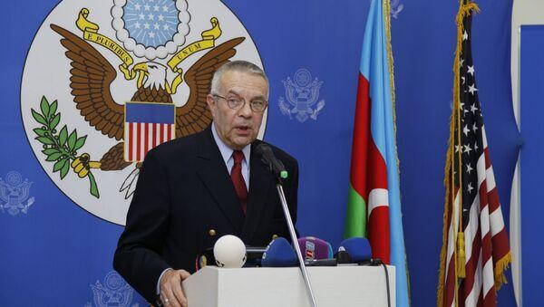 Американский сопредседатель МГ ОБСЕ Ричард Хогланд - Sputnik Азербайджан