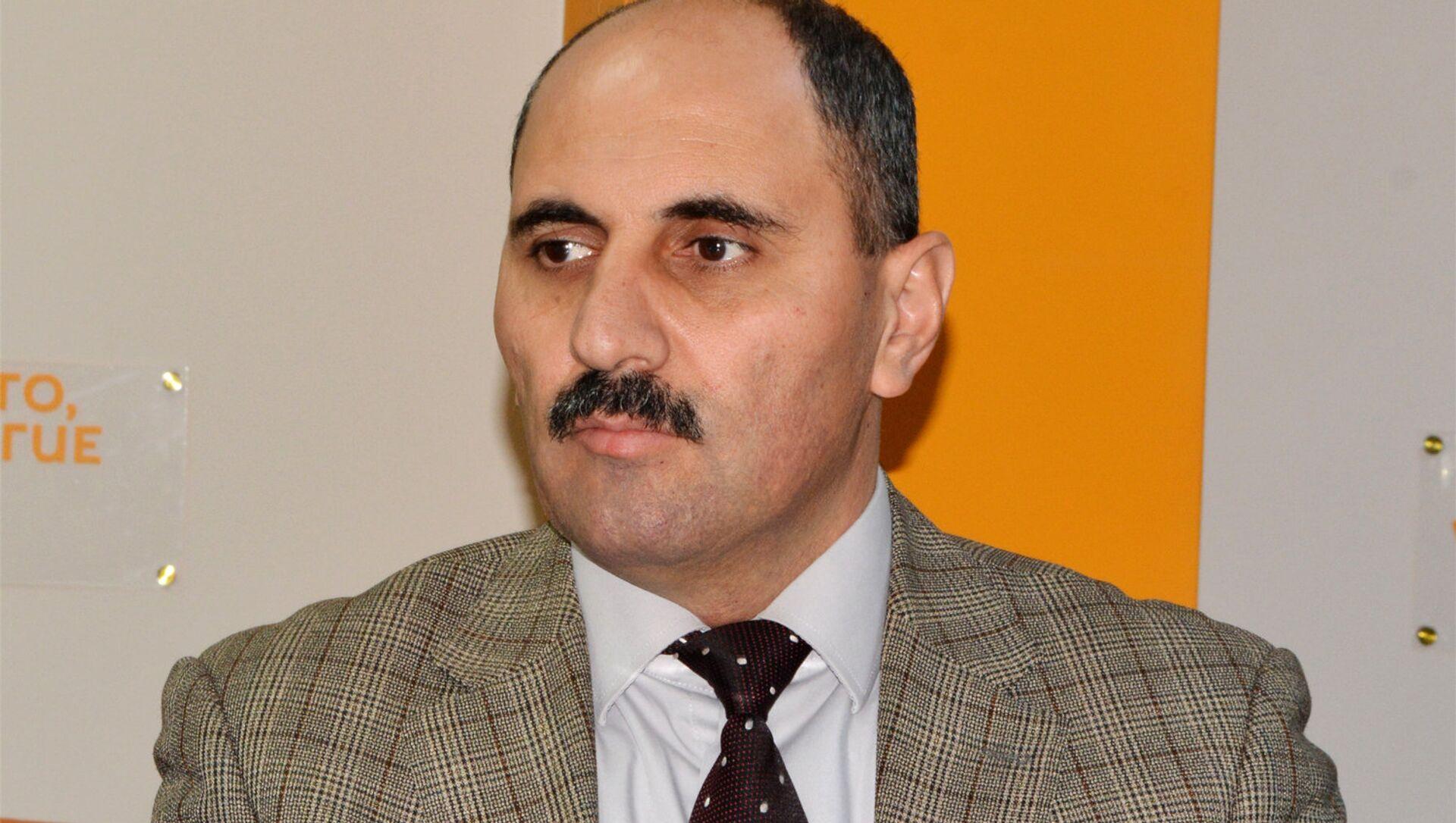 Media eksperti Azər Həsrət  - Sputnik Azərbaycan, 1920, 20.08.2021