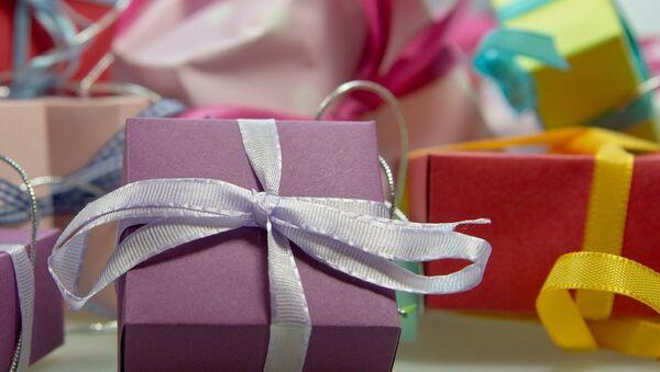 Подарочные коробки, фото из архива - Sputnik Азербайджан