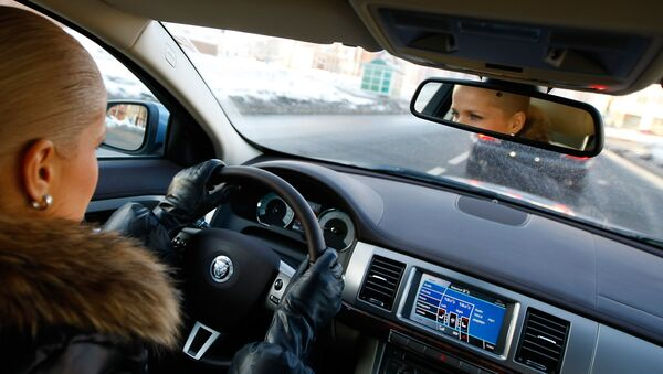 Женщина за рулем, фото из архива - Sputnik Азербайджан