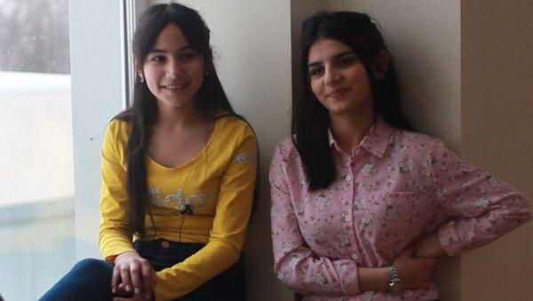 Парвана и Хошгедем из шоу Ты супер! рассказывают о жизни в Москве - Sputnik Азербайджан