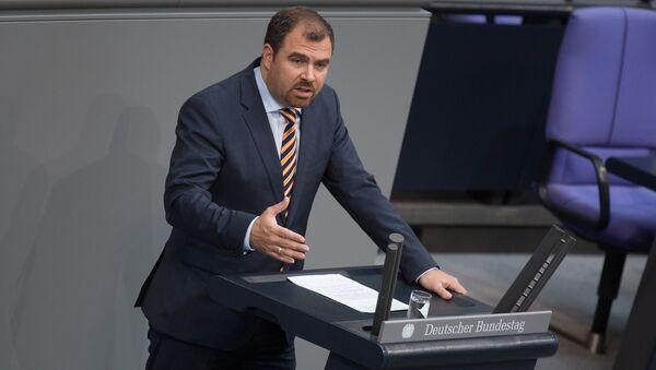 Almaniya Federal Məclisinin Xarici və təhlükəsizlik siyasəti komitəsinin sözçüsü Florian Hahn - Sputnik Azərbaycan