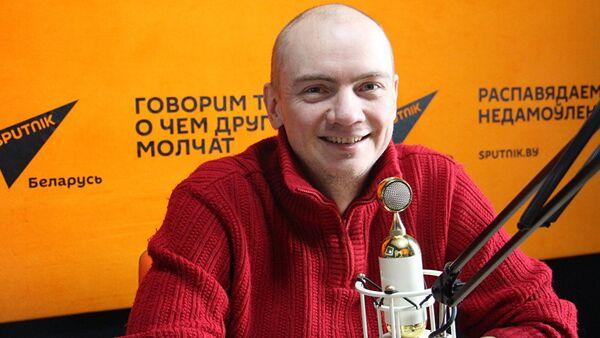 Белорусский композитор Евгений Олейник - Sputnik Азербайджан