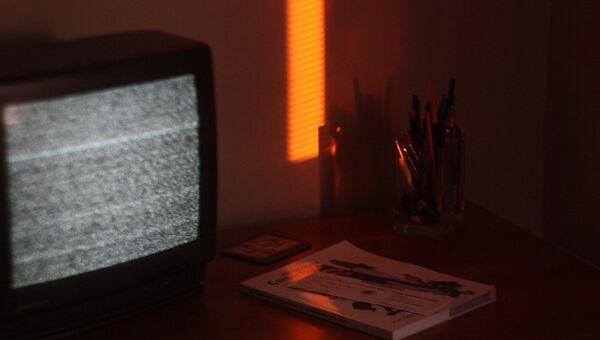 Телевизор с белым шумом - Sputnik Азербайджан