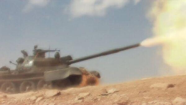 Армия САР против боевиков в Хомсе - Sputnik Азербайджан