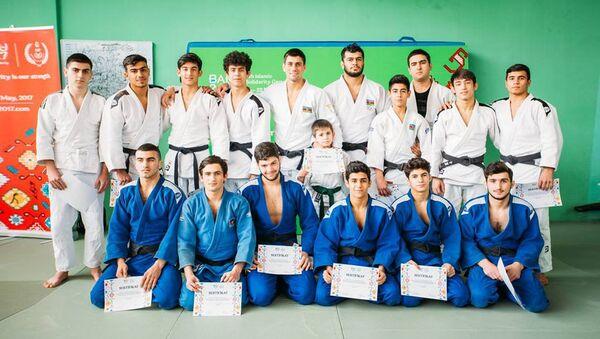 Rüstəm Orucov və Elmar Qasımovun iştirakı ilə cüdo üzrə master klaslar - Sputnik Azərbaycan
