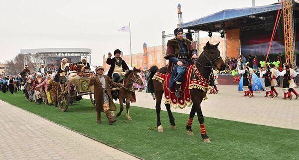 Празднование Наурыза в Туркестане - Sputnik Азербайджан