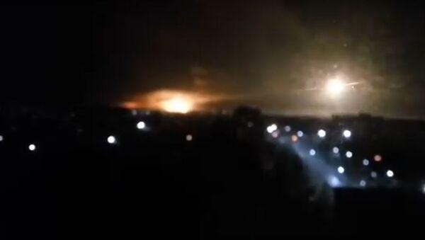 Ukraynada hərbi bazanın silah-sursat anbarında partlayış - Sputnik Azərbaycan