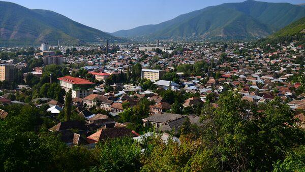 Вид на город Шеки - Sputnik Azərbaycan