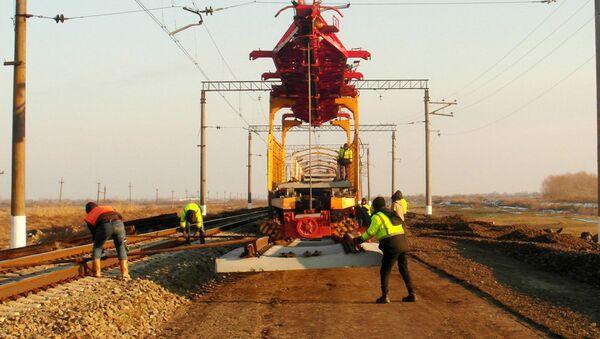 Bakı-Böyük Kəsik istiqamətində 600 km dəmir yolu əsaslı təmir olunur - Sputnik Azərbaycan