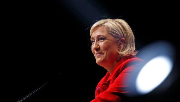 Marin Le Pen, arxiv şəkli - Sputnik Azərbaycan