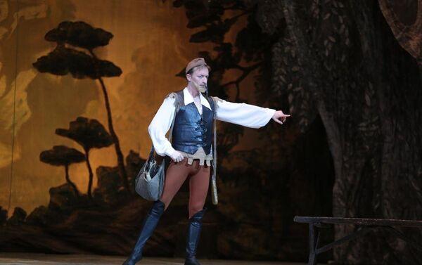 На сцене Азербайджанского государственного академического театра оперы и балета состоялся показ спектакля Жизель - Sputnik Азербайджан