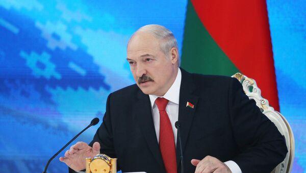 Президент Белоруссии Александр Лукашенко на пресс-конференции в Минске, фото из архива - Sputnik Азербайджан
