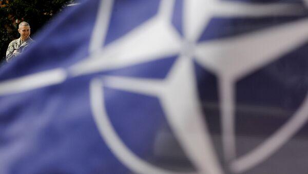 Флаг НАТО, фото из архива - Sputnik Азербайджан