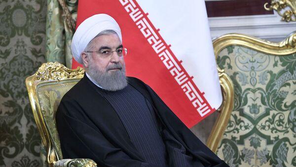 Президент Исламской Республики Иран Хасан Рухани во время встречи с президентом РФ Владимиром Путиным - Sputnik Азербайджан