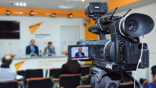 Мероприятие в международном мультимедийном пресс-центре Sputnik Азербайджан, архивное фото - Sputnik Азербайджан