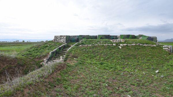 Укрепительные сооружения азербайджанской армии - Sputnik Азербайджан