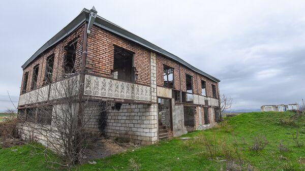 Село Чямянли под постоянным обстрелом с армянской стороны - Sputnik Азербайджан