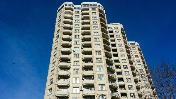 Многоэтажный жилой дом в Баку - Sputnik Azərbaycan