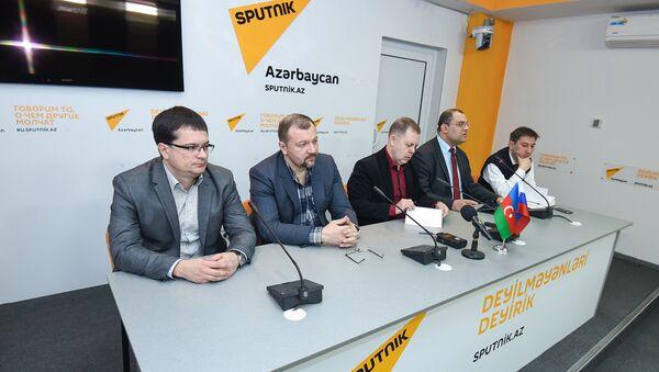Пресс-конференция российских экспертов о двусторонних отношениях и ситуации в регионе - Sputnik Азербайджан