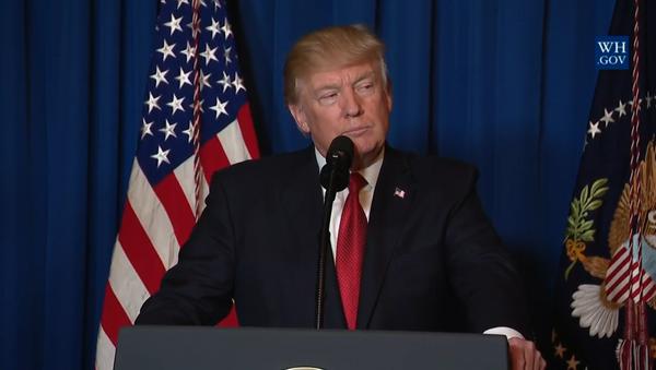 Трамп потдвердил приказ об ударе США по Сирии в обращении к американцам - Sputnik Азербайджан