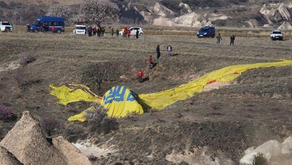 В Каппадокии упал воздушный шар, в котором находились туристы - Sputnik Азербайджан
