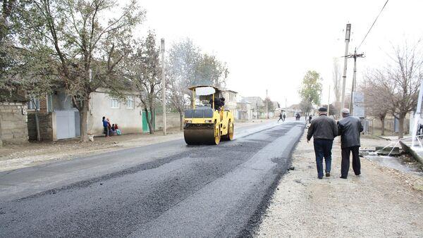 Реконструкция дороги, фото из архива - Sputnik Азербайджан