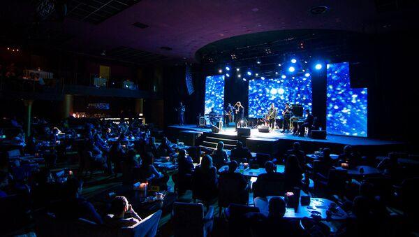 Вагиф Нагиев выступил с первым сольным концертом под названием Море в Киеве - Sputnik Азербайджан