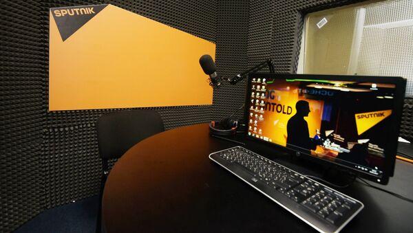 В студии радио Sputnik - Sputnik Азербайджан