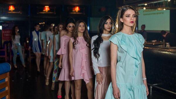 Полуфинал национального конкурса красоты Miss Top Model Azerbaijan-2017 - Sputnik Азербайджан