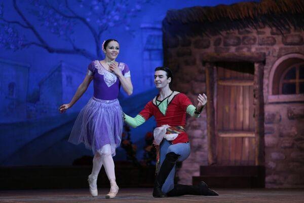 Балет Девичья башня на сцене Азербайджанского государственного академического театра оперы и балета - Sputnik Азербайджан