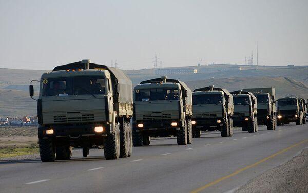 В соответствии с планом проведения учений войска выполняют боевые задачи - Sputnik Азербайджан