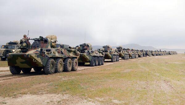 В соответствии с планом проведения учений, войска выполняют боевые задачи - Sputnik Азербайджан