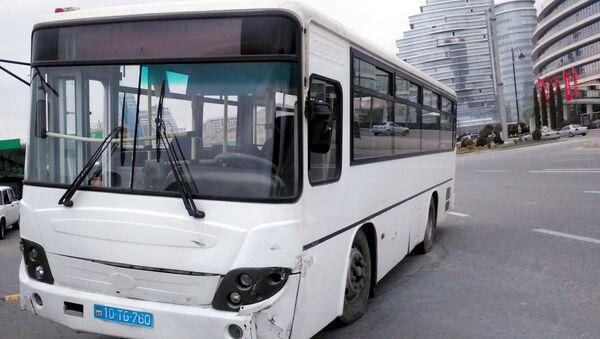 Автобус, попавший в ДТП, фото из архива - Sputnik Азербайджан