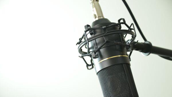 Студийный микрофон, фото из архива - Sputnik Азербайджан