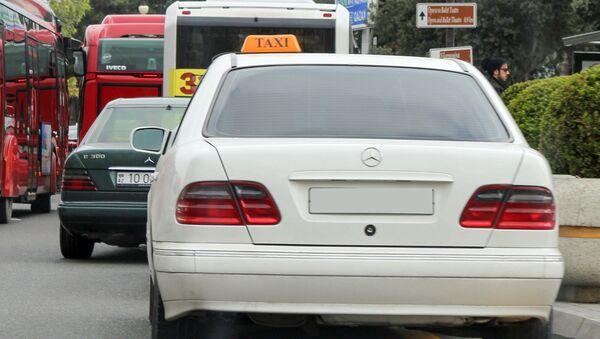 Такси в Баку, фото из архива - Sputnik Azərbaycan
