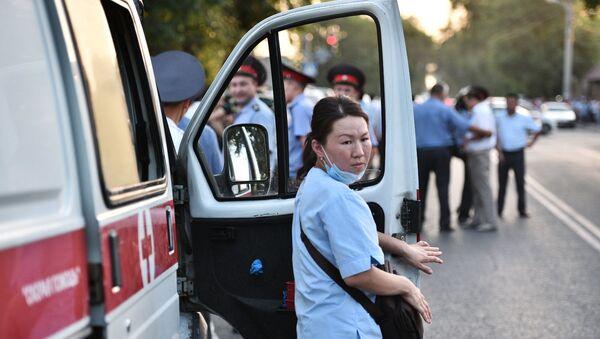 Сотрудница медицинской помощи в Бишкеке, фото из архива - Sputnik Азербайджан